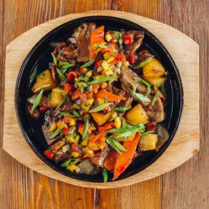 Горячие блюда на сковороде